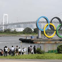 Temporary removal of Olympic rings monument in Tokyo