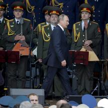 Russian President Vladimir Putin arrives for the opening of the Army-2015 international military forum in Kubinka, outside Moscow, Russia, June 16, 2015. Putin said on Tuesday Russia would add more than 40 new intercontinental ballistic missiles to its nu