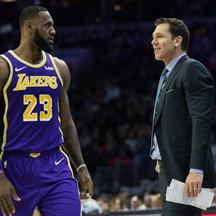 LeBron James i Luke Walton